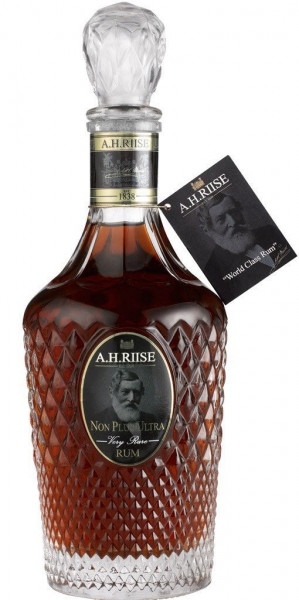 A.H. Riise Non Plus Ultra Rum 70cl 42%